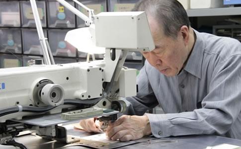服飾資材メーカーとしての経験と実績